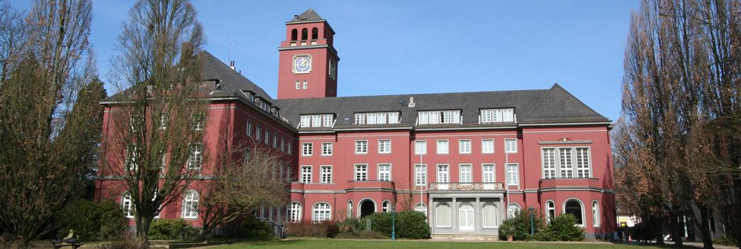 Hauptausschuss vertritt weiterhin die Bezirksversammlung